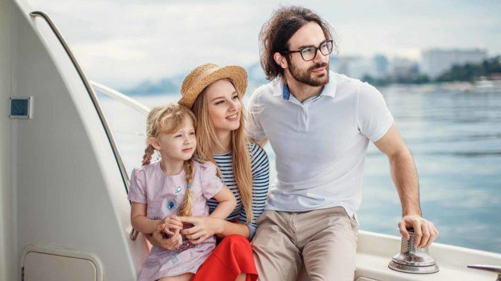 Семейная прогулка на яхте в Сочи